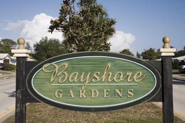 Bayshore Gardens Neighborhood Sign